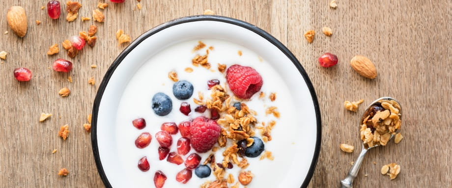 Prebiotics and Probiotics. What's the difference?